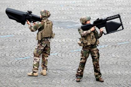 Во французской армии появится команда писателей-фантастов