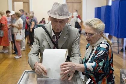 Пьяный председатель избирательного участка в Киеве подделал паспорт