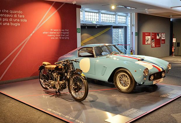 Если вы решили, что все Ferrari должны быть красными, то ошибаетесь. Бельгийские гонщики выступали на желтых машинах, а французы — на синий и голубых. Более того, цвет Модены —родного города Энцо — как раз желтый.