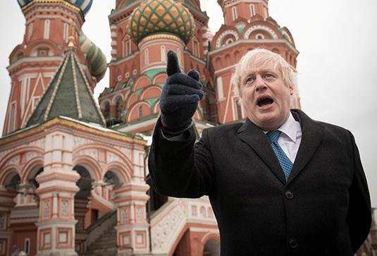 Борис Джонсон во время визита в Москву