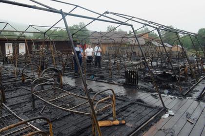 Дети описали начало пожара в палаточном лагере под Хабаровском