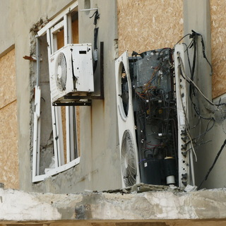Разрушения в районе города Авдеевка