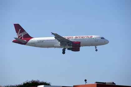 Пьяная пассажирка покалечила восьмилетнего ребенка на борту самолета