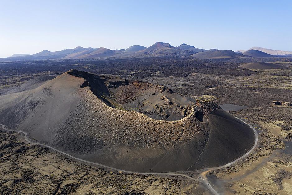 Вид на кратер вулкана в Национальном парке Тиманфайя