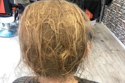 Не стригшийся 10 лет подросток потряс парикмахера