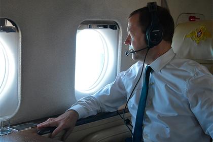 Киев запротестовал из-за поездки Медведева в Крым