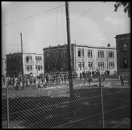 Военная база подразделения американской армии. Предположительно, Германия, 1945 год.