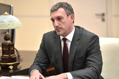 Российский губернатор отказал подтопленцам в сигаретах и призвал бросать курить