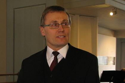 Эстонский министр призвал президента отозвать приглашение Путину