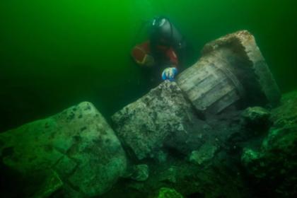 Обнаружен древний подводный храм с сокровищами