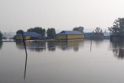 Уровень воды в российском Тулуне начал снижаться
