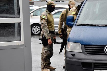 Элитный спецназ ФСБ уличили в перевозке денег на больничных Перейти в Мою Ленту