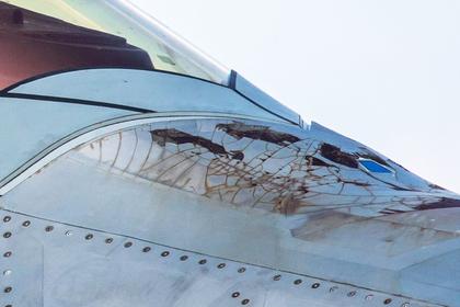 Деградировавшее стелс-покрытие F-22 засняли в деталях