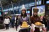 Юбилейного пассажира встречают в аэропорту Казани.