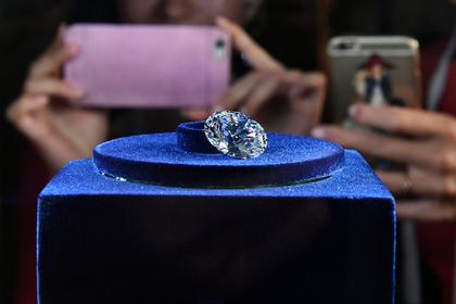 Миру предрекли дефицит бриллиантов