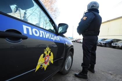 Подозрительный россиянин зарезал прибывшего на вызов полицейского