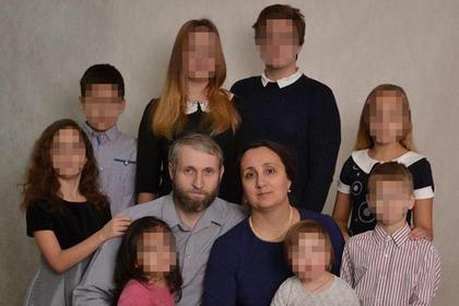 Андрей и Светлана Щавелевы с детьми