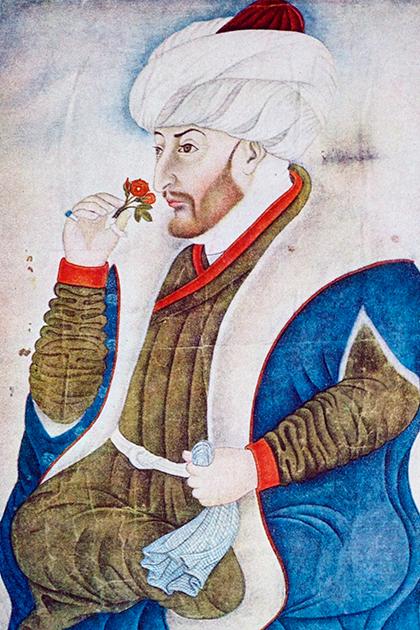 Изображение Мехмеда II, вдыхающего аромат розы, было сделано в 1480 году — за год до смерти султана