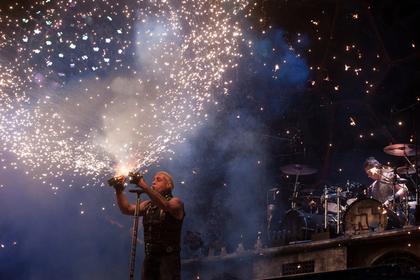 В России предложили ввести правила поведения для Rammstein и Мадонны