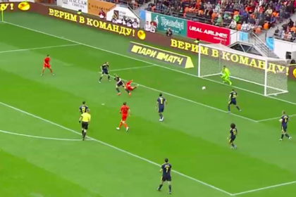 Российский футболист забил ударом в падении через себя