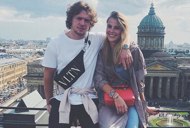 Артемий Панарин и Алиса Знарок