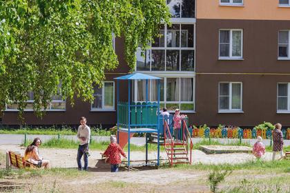 Жителей Подмосковья пригласили выбрать нуждающиеся в ремонте дворы