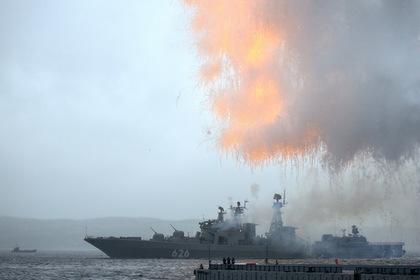 Корабли Северного флота вышли в арктический поход