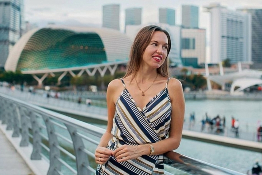 Сингапур работа моделей портфолио массажиста