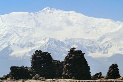 Погибший в горах Киргизии российский турист оказался генералом МВД