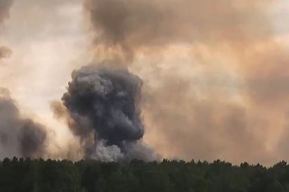 Взрывы пороховых зарядов на складе боеприпасов прекратились