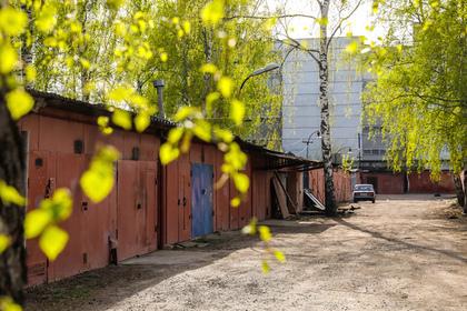 Купивший гараж россиянин нашел в нем оружейный арсенал