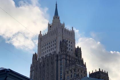 Санкции США против России сравнили с лаем собаки