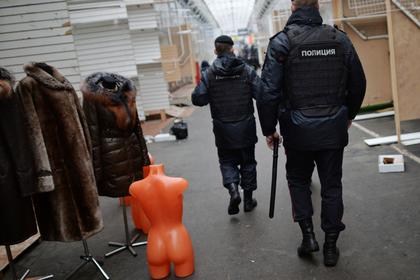 На российском базаре произошла массовая драка с поножовщиной и стрельбой