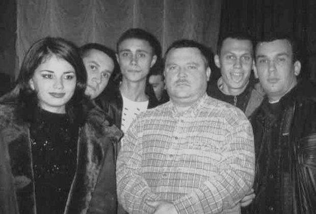 Михаил Круг (в центре)