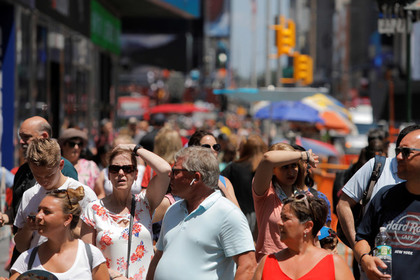 Переполох вНью-Йорке: мотоцикл вызвал панику идавку наТайм-Сквер