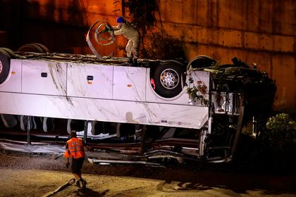 Водитель разбившегося в Новороссийске экскурсионного автобуса заснул за рулем