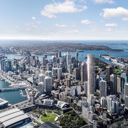 Казалось бы, какими еще архитектурными шедеврами можно удивить Сидней? Уровень конкуренции для архитекторов тут беспрецедентный, и сколько ни строй,  символом города останется возведенное 46 лет назад здание Сиднейского оперного театра.<br><br>Но в Ingenhoven Architects для города придумали дом, который заметят все, — огромный небоскреб 505 George Street. Он станет самым высоким жилым зданием в Сиднее. 270-метровую башню общей площадью около 66 тысяч квадратных метров начнут строить в 2021-м, закончат в 2024-м.