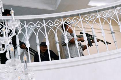 Резиденцию Атамбаева назвали бункером