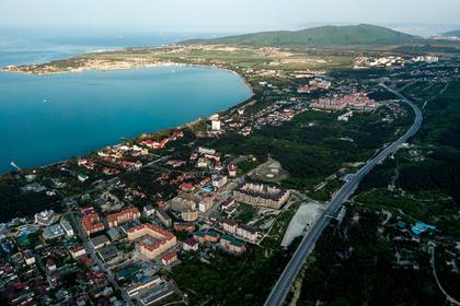 Российских туристов-должников начали отлавливать на подъезде к морю