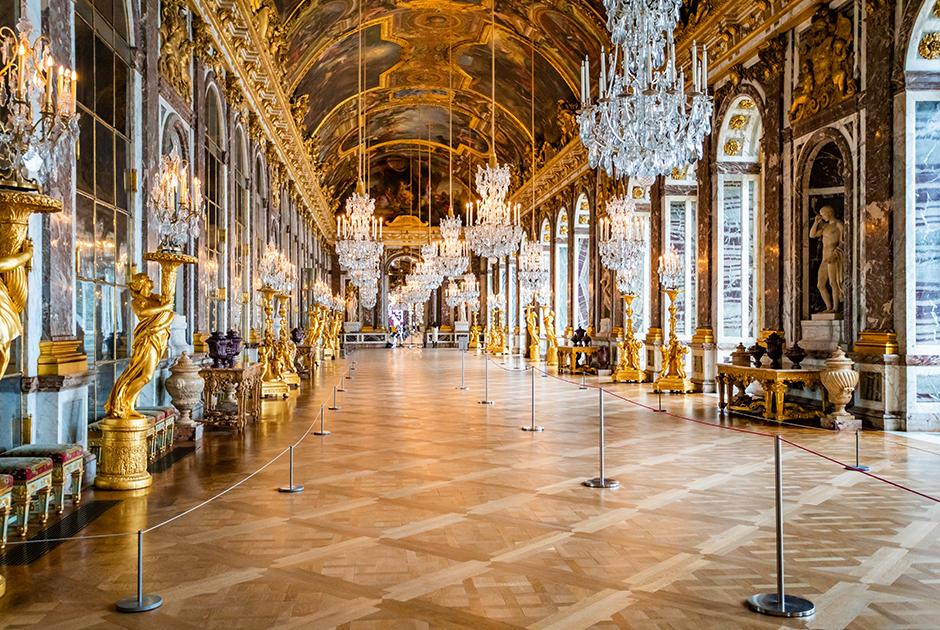 С 1979 года Версаль вошел в список культурного наследия ЮНЕСКО. Ежегодно его посещает более шести миллионов туристов