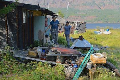 Озеро на плато Путорана очистят от антропрогенного мусора