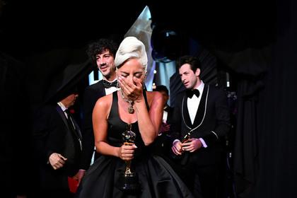 В получившей «Оскар» песне Леди Гаги обнаружили плагиат