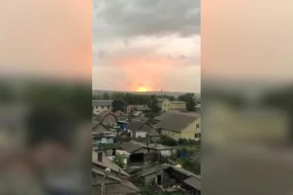 Появилось видео взрывов на военном арсенале в Красноярском крае