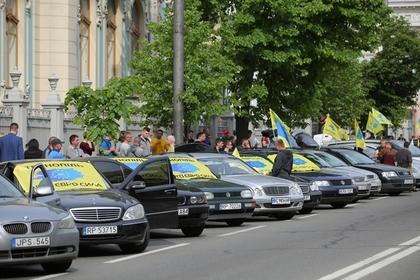 Подсчитаны затраты Украины на ремонт всех дорог