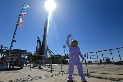 Заработки российских космонавтов и американских астронавтов сравнили