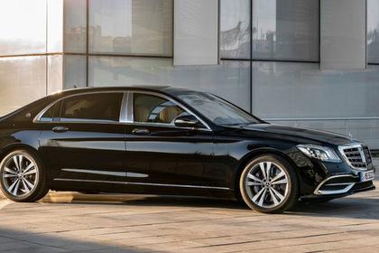 Названы самые популярные люксовые автомобили России