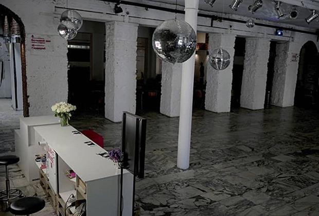 В здании Гоголь-центра