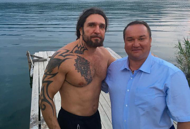 Павел Угланов (справа) в Крыму