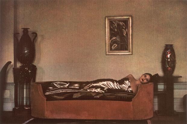 Работы Мецнер входят в коллекции всех важнейших музеев современного искусства на Западе — включая нью-йоркские Metropolitan и MoMA. Высоко почитаются в мире фотографии и ее четыре монографии: выигравшие несколько престижных наград «Объекты желания», «Цвет Шейлы Мецнер», «Земля унаследованная» с пейзажами и фото из путешествий американки и «Форма и мода», в которой она собрала ключевые кадры за двадцать лет работы с модной индустрией.