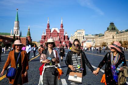 В России предложили упростить иностранцам въезд в страну